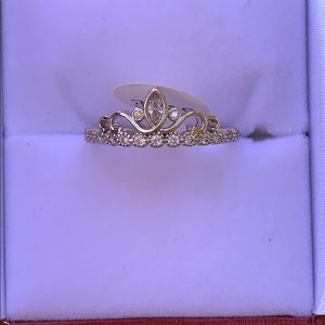 """Size 8 """"queen of diamonds"""" cz ring"""
